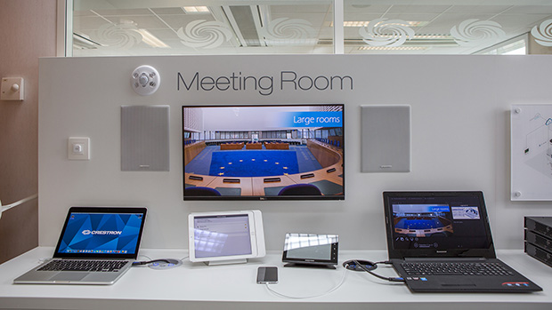 Crestron experience centre - meeting room